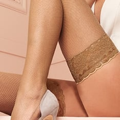 Ambra fishnet hold-ups