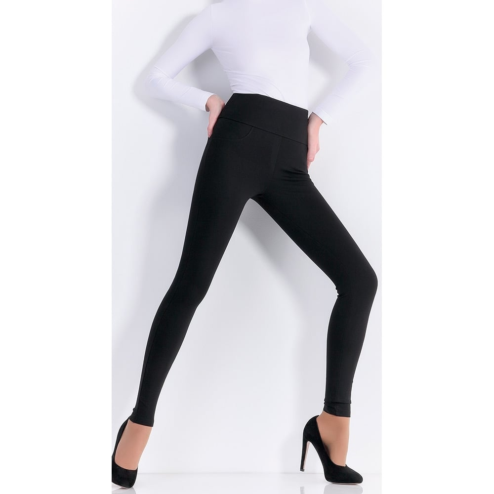 Giulia Leggy Plush model 1 cut-and-sewn leggings