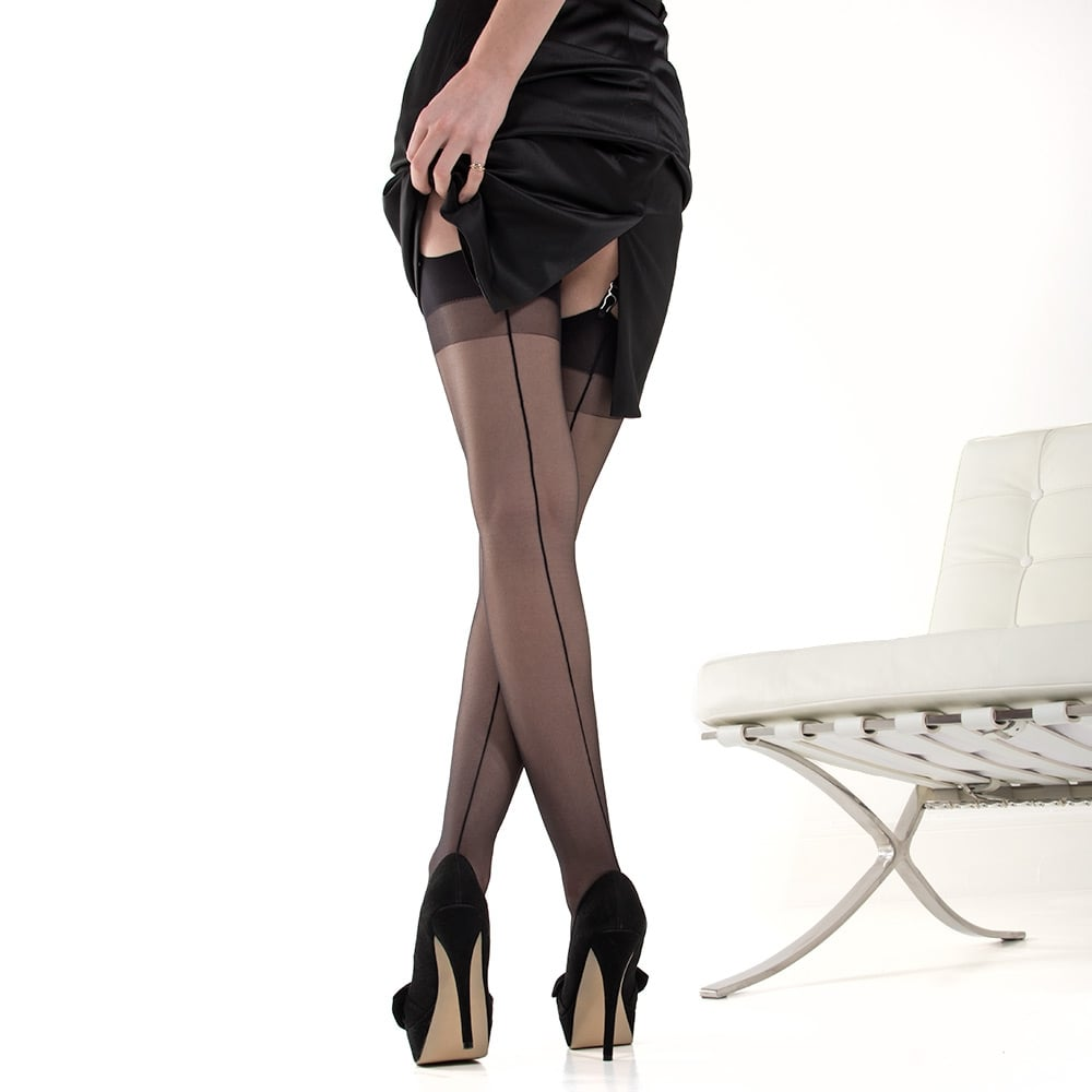Nylonica Linea Sensuale seamed stockings